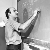 Andrés Kanlay en el IVIC.