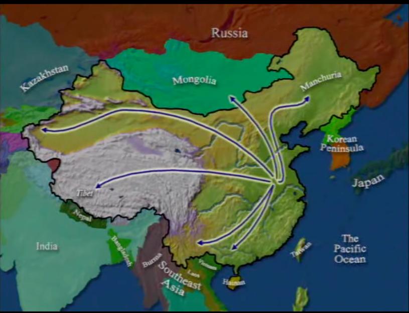 Expansión en el tiempo de los chinos Han desplazando a otras tribus que migraron a sitios recónditos en las montañas o hacia el sur Vietnam, Laos, Tailandia.